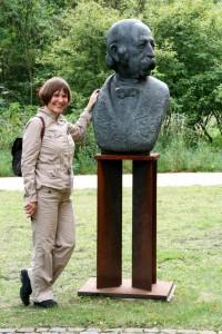 Ein zu weites Feld? Mit Theodor vor dem Fontane-Archiv in Potsdam